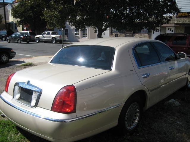 2002 Lincoln Town Car Cartier Localautonj Com